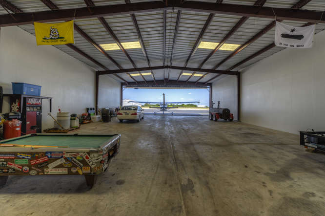 208 Flightline   Lago Vista Airport Hangar For Sale / Rusty Allen Airport  Hangars For Sale, Texas.