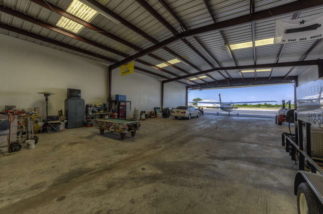 Parking At Austin Airport >> Hangars for Sale Lago Vista / Austin Texas, Hangar for sale Texas hill country (RYW)