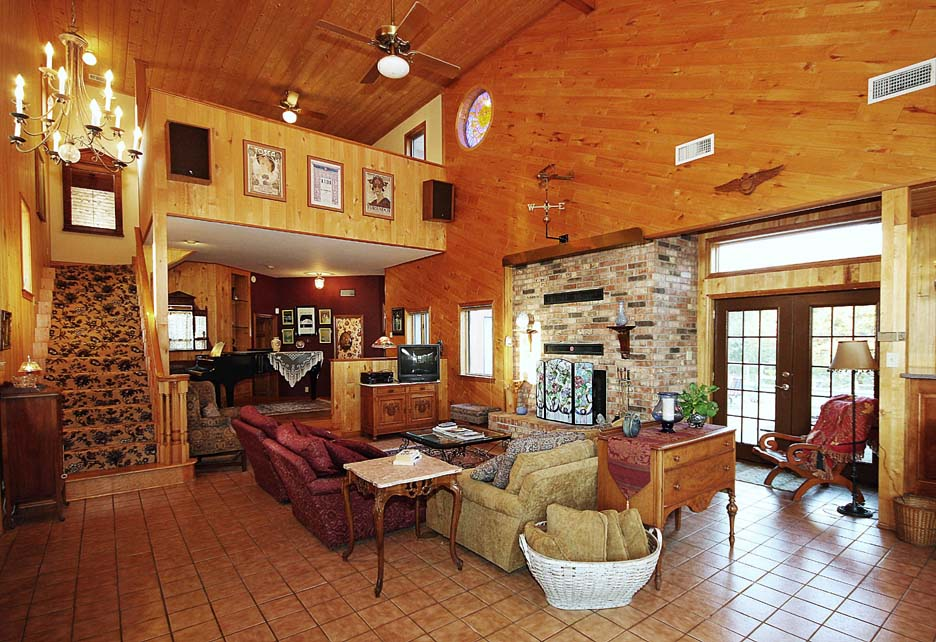 Homes With Hangars And Hangar Homes For Sale Hidden Valley